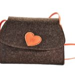 Trachtentasche - braun mit orangem Herzen