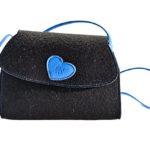 Trachtentasche - schwarz mit blauem Herzen